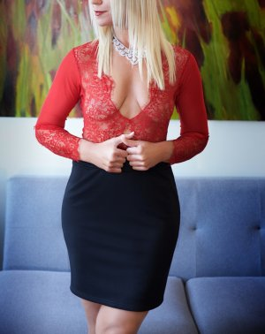 Lilias college escorts Jackson TN